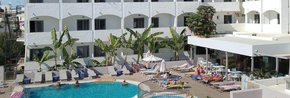 Poolområdet på hotell Imperial på Kos, Grekland.
