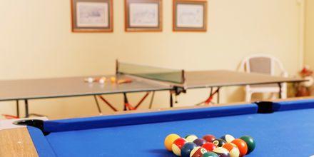 Spelrum med bland annat pingis och biljard på hotell Indigo Mare, Platanias.