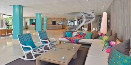 Lobbyn på hotell Sol Beach House Mallorca Cala Blanca i Palmanova.