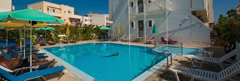 Pool på hotell International på Kos, Grekland.