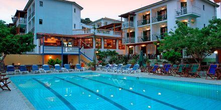 Poolen på hotell Ionia på Skopelos, Grekland.
