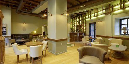 Lobbybaren på hotell Ionia Suites i Rethymnon på Kreta.