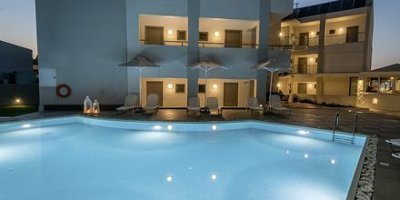 Poolen på hotell Iperion i Rethymnon, Kreta.