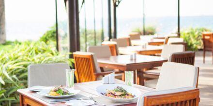 Strandbaren Captain's Bar och restaurang på hotell JA Beach i Dubai.