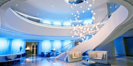 Lobbyn på hotell JA Ocean View i Dubai, Förenade Arabemiraten.