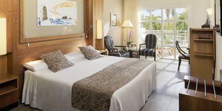 Dubbelrum på hotell Jardines De Nivaria i Costa Adeje på Teneriffa.
