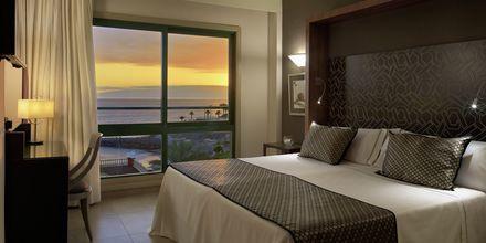 Superiorsvit på hotell Jardines De Nivaria i Costa Adeje på Teneriffa.