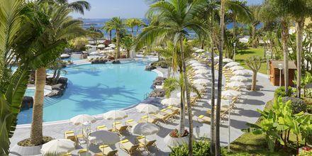 Poolen på hotell Jardines De Nivaria i Costa Adeje på Teneriffa.