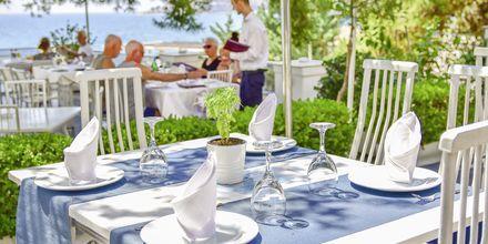 Restaurang på hotell Jaroal i Saranda, Albanien.