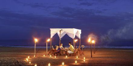 Boka privat middag under stjärnorna, på hotell Jetwing Sea på Sri Lanka.