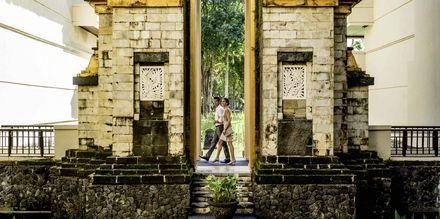 Candi bentar - tempelentré i Jimbaran på Bali, Indonesien.