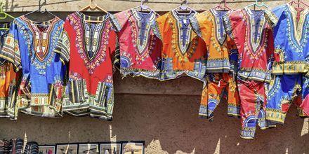 Johannesburg är känt för att ha många bra marknader där du kan fynda lokala hantverk.