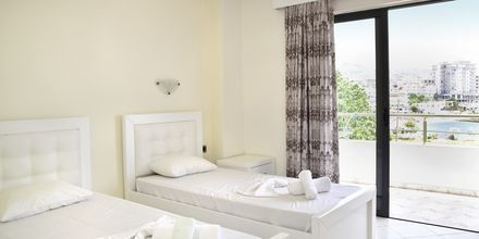 Dubbelrum på hotell Joni i Saranda, Albanien.