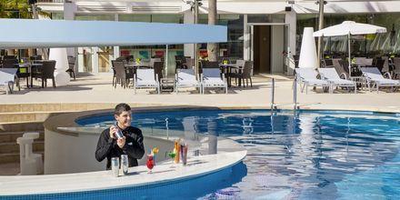 Poolbar på hotell JS Palma Stay i Playa de Palma på Mallorca.