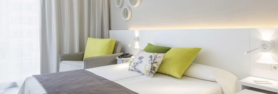 Dubbelrum på hotell JS Sol de Alcudia, Mallorca.