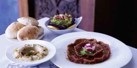 Restaurang Al Nafoorah på hotell Jumeirah Zabeel Saray på Dubai Palm Jumeirah, Förenade Arabemiraten.
