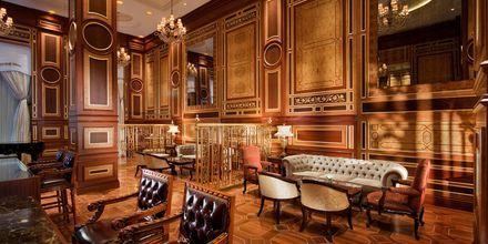 Club loungen på hotell Jumeirah Zabeel Saray på Dubai Palm Jumeirah, Förenade Arabemiraten.