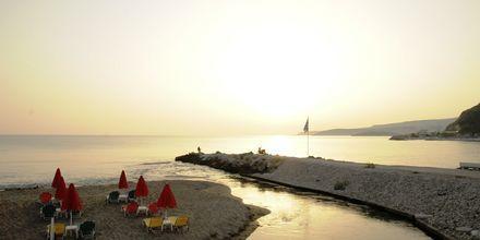 Stranden vid hotell Kalives Beach på Kreta, Grekland.