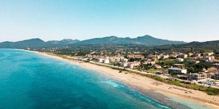 Den 2 km långa stranden i Kanali, Grekland.