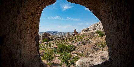 De kända klippformationerna i Kappadokien, Turkiet.