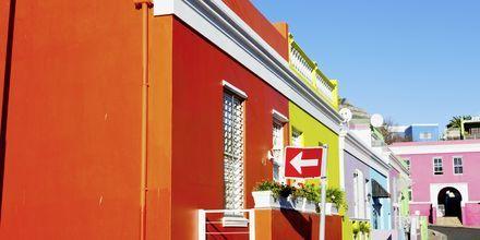 Färgglada bostadshus i stadsdelen Bo-Kaap, Kapstaden.