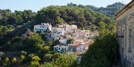 Vackra vyer i Karlovassi på Samos, Grekland.