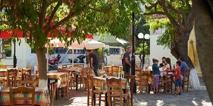 I Karlovassi på Samos finns det gott om trevliga restauranger och tavernor.