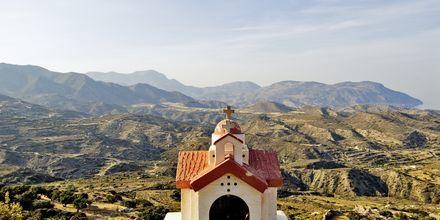 Bergsbyn Menetes på Karpathos.