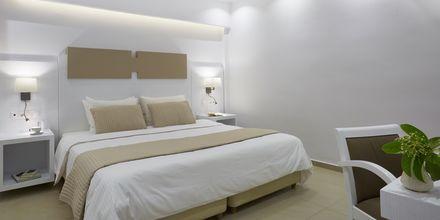 Deluxerum plus på hotell Kassandra Bay Suites & Spa på Skiathos, Grekland.