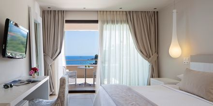Deluxerum på hotell Kassandra Bay på Skiathos, Grekland.