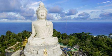 Big Buddha är ett välkänt landmärke i Phuket och bjuder på en härlig utsikt.