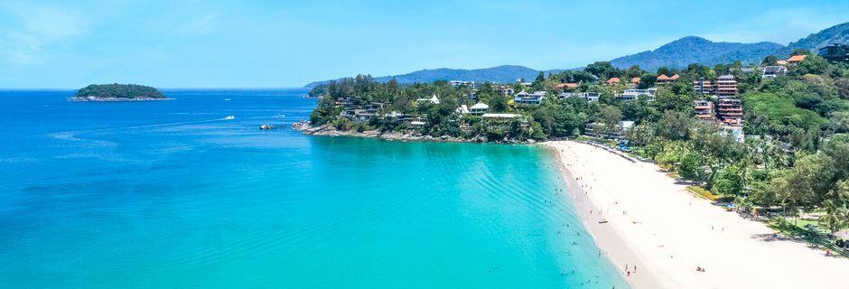 Stranden i Kata Noi Beach på Phuket i Thailand.