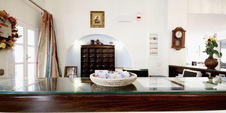 Receptionen på Hotell Katerina i Agios Prokopios på Naxos, Grekland.
