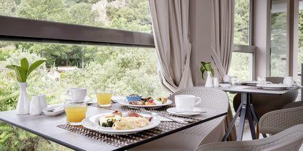Veranda frukostrum på hotell KB Ammos på Skiathos, Grekland.