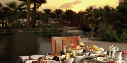 Restaurang på hotell Khalidiya Palace Rayhaan i Abu Dhabi, Förenade Arabemiraten.