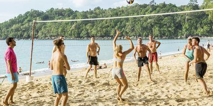 Beach volley på Khaolak Emerald Beach Resort, Thailand.