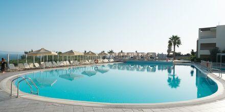 Poolområdet på hotell Kipriotis Aqualand på Kos, Grekland.