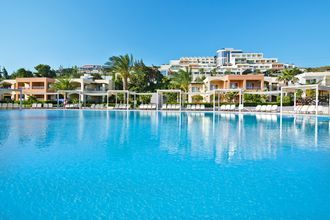 Poolen på hotell Kipriotis Maris på Kos, Grekland.