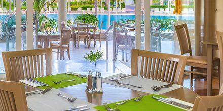 Restaurang på hotell Kipriotis Maris Suites i Psalidi på Kos, Grekland.