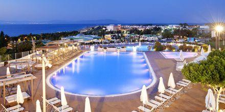 Poolområde på Kipriotis Panorama & Suites på Kos, Grekland.