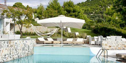 Pool på hotell Kivo Art & Gourmet i Vasilias på Skiathos, Grekland.