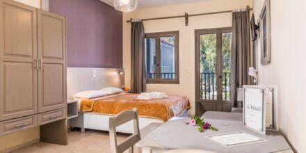 Enrumslägenhet på hotell Kiwi i Agii Apostoli på Kreta, Grekland