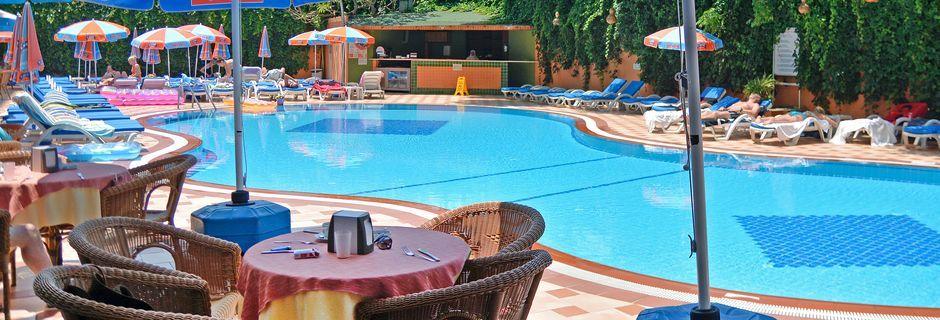 Pool på hotell Kleopatra Dreams Beach i Alanya, Turkiet.
