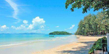 Stranden vid hotell Sheraton Krabi Beach Resort.