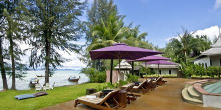 Med Apollo kan du bo på Anyavee Tubkaek Beach Resort i Klong Muang.