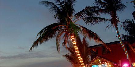 Restaurang på White Beach, Koh Chang.