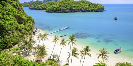 Angthong National Marine Park ligger ca en mil nordväst om Koh Samui.