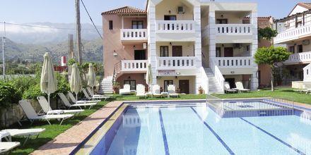 Pool på hotell Kokalas Resort i Georgiopolis på Kreta, Grekland.