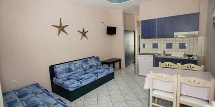 Tvårumslägenhet på hotell Korali House i Vrachos, Grekland