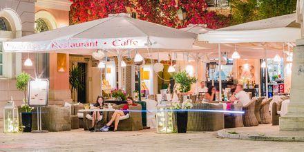 Restaurang i Korfu stad, Grekland.